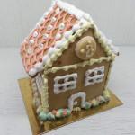 Коледна медена къщичка