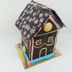Коледна шоколадова къщичка
